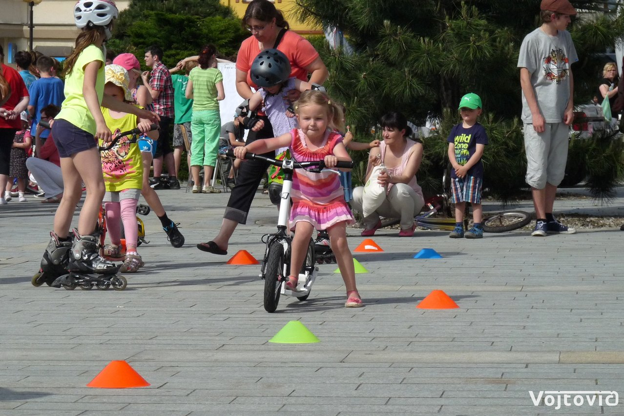 FOTO: Rozhýbejme Rožnov ke Dni dětí
